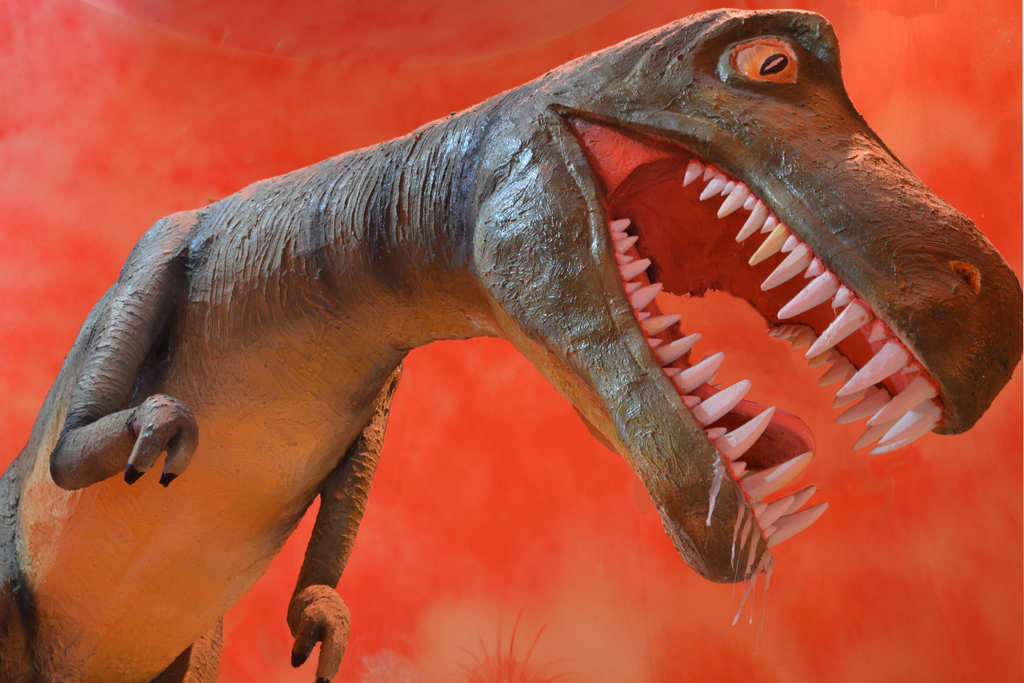 museo dell'etna_dinosauro